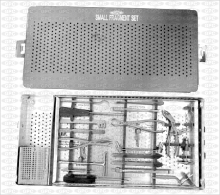Boîte pour implants petits fragments illustrée